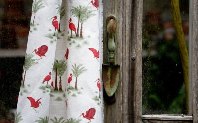 Ibis Toile de Jouy ~ a vivid and flamboyant Linen